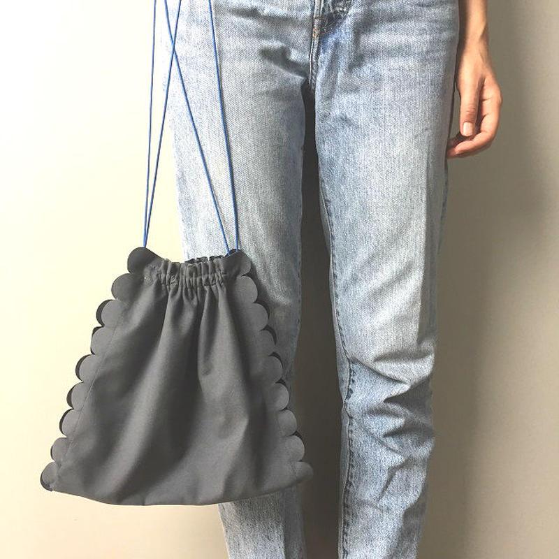 bag2-02221 送料無料! グレー フェイクスエード スカラップ巾着バッグ 日本製