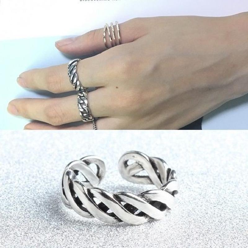 ring-02125 送料無料☆ シルバーツイストデザインリング 指輪 5号から上にサイズ調整可能