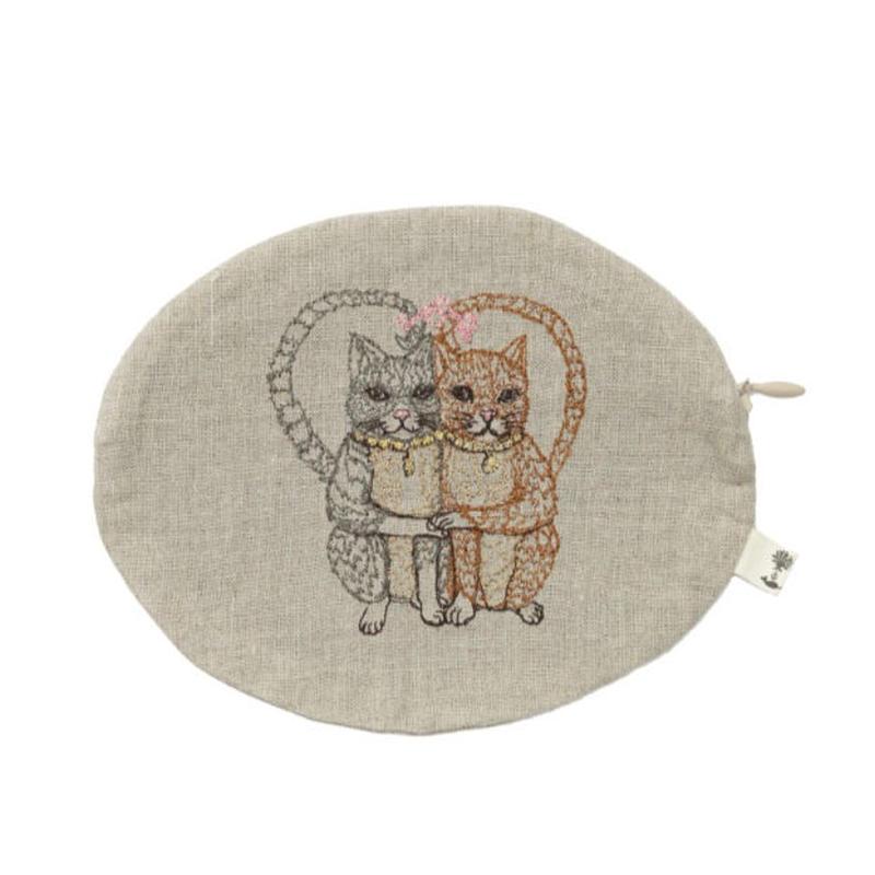 Coral & Tusk/コーラル・アンド・タスク「CAT LOVE POUCH」猫モチーフ刺繍 楕円型ポーチ