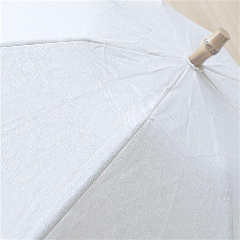 傳(ツタエノヒガサ)コットンリネン織り柄 日傘/ 3段階折り畳みタイプ「ウサギノタスキ -オリエンス白 」