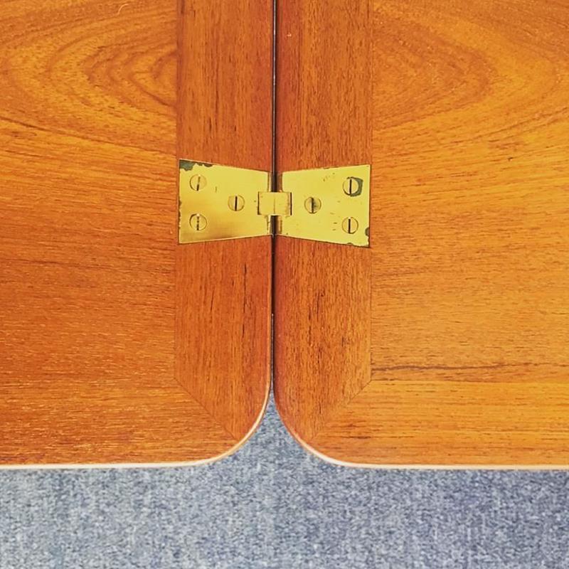 Kvadrat フォールディングテーブル /カート・ウストヴィ