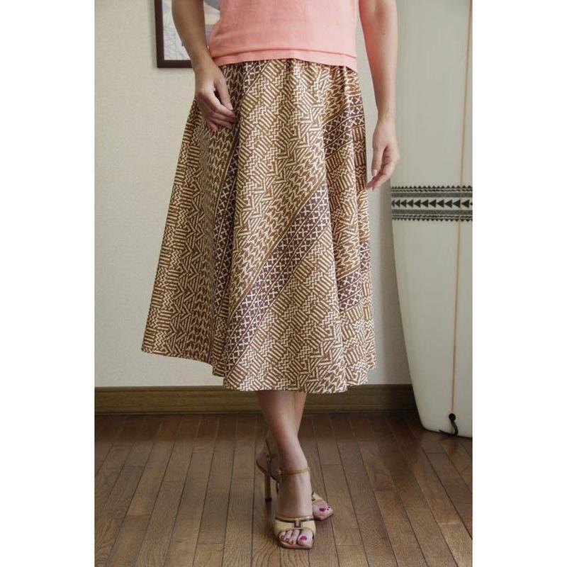 Flare Skirt タパ柄 バロック ベージュ HNLS02686-53310