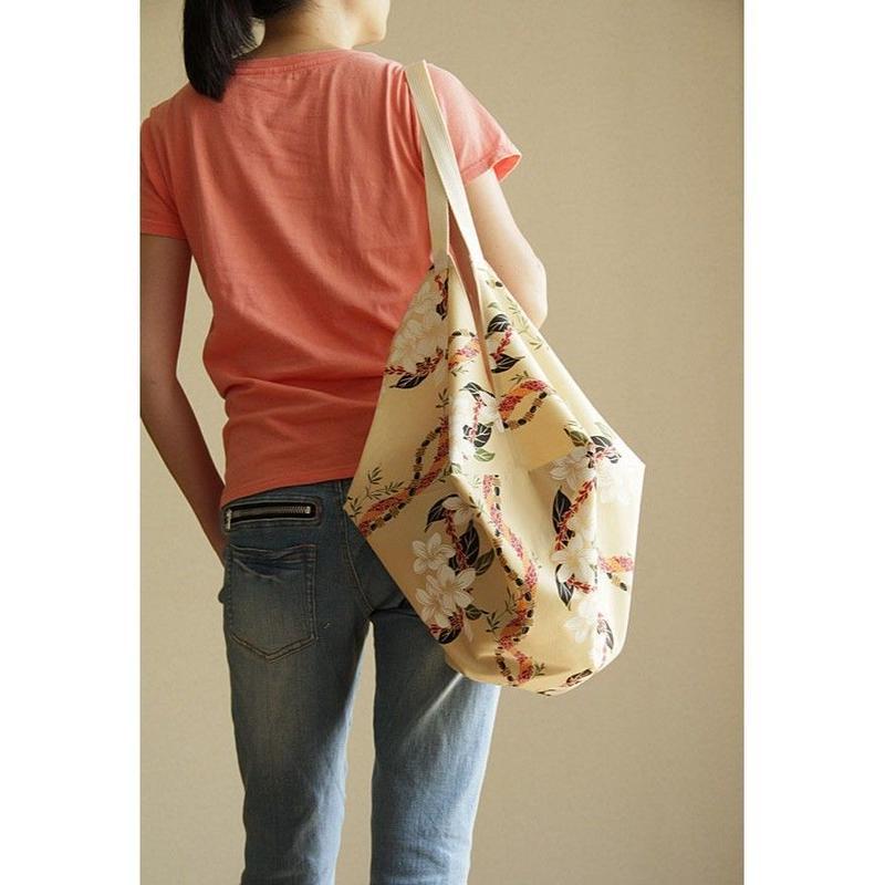 COCOON BAG フラフラ ホワイトプルメリア&フェザーレイ HNLS02710-1880