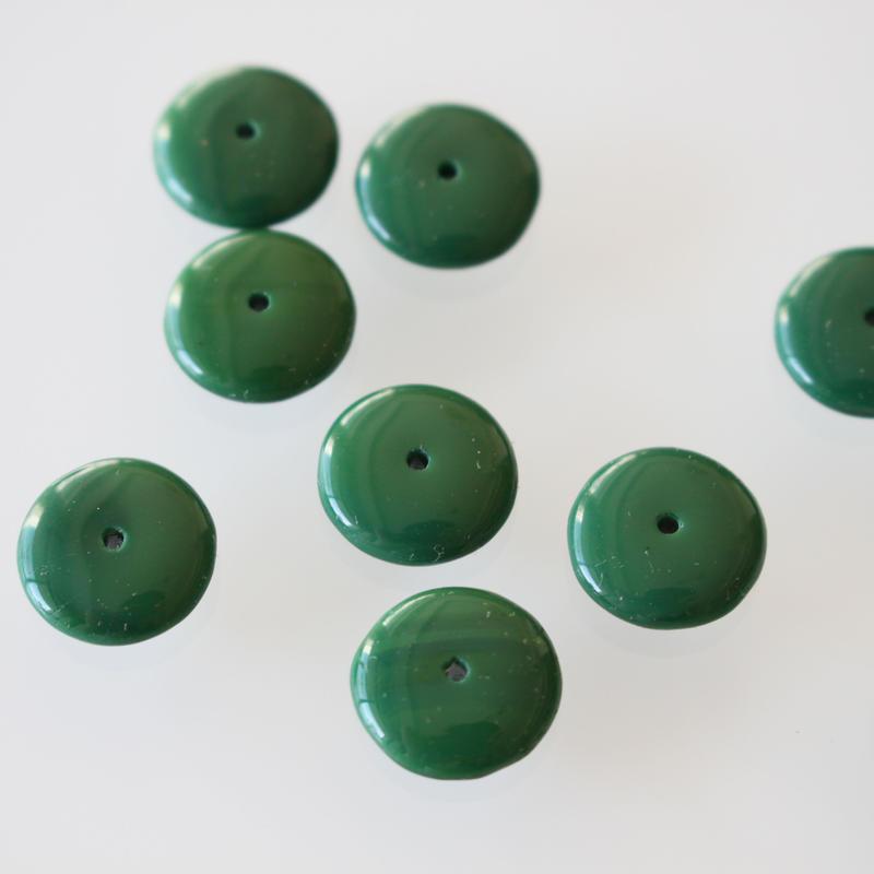 深緑ガラス平丸ビーズ1.2㎝ フランスヴィンテージパーツ デッドストック
