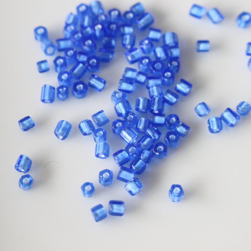 六角ビーズ (blue)4g チェコガラス70年代  フランスヴィンテージ