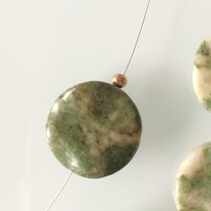 天然石ビーズ(PEACOK JASPER)2.5㎝  フランス