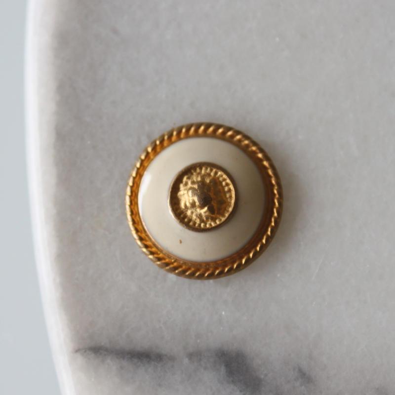 ゴールドメタル リングボタンクリーム色 一つ穴17㎜ フランス現代ボタン