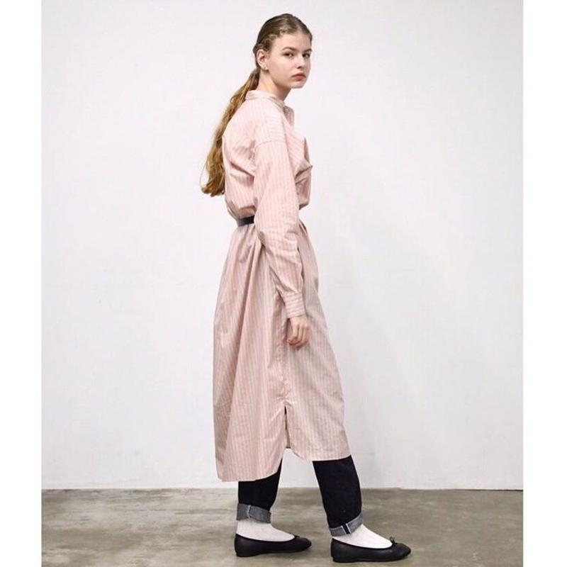 【4月再入荷】[CLUEL 3月号 表紙掲載商品] BAND COLLAR PULL-OVER DRESS
