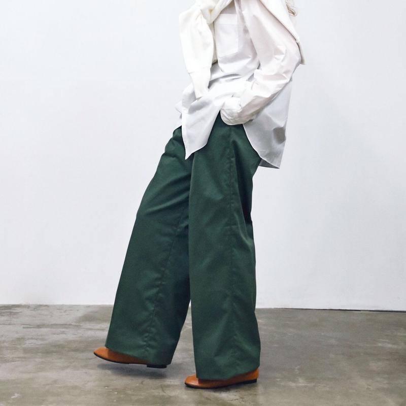 BAGGY CHINO TROUSERS