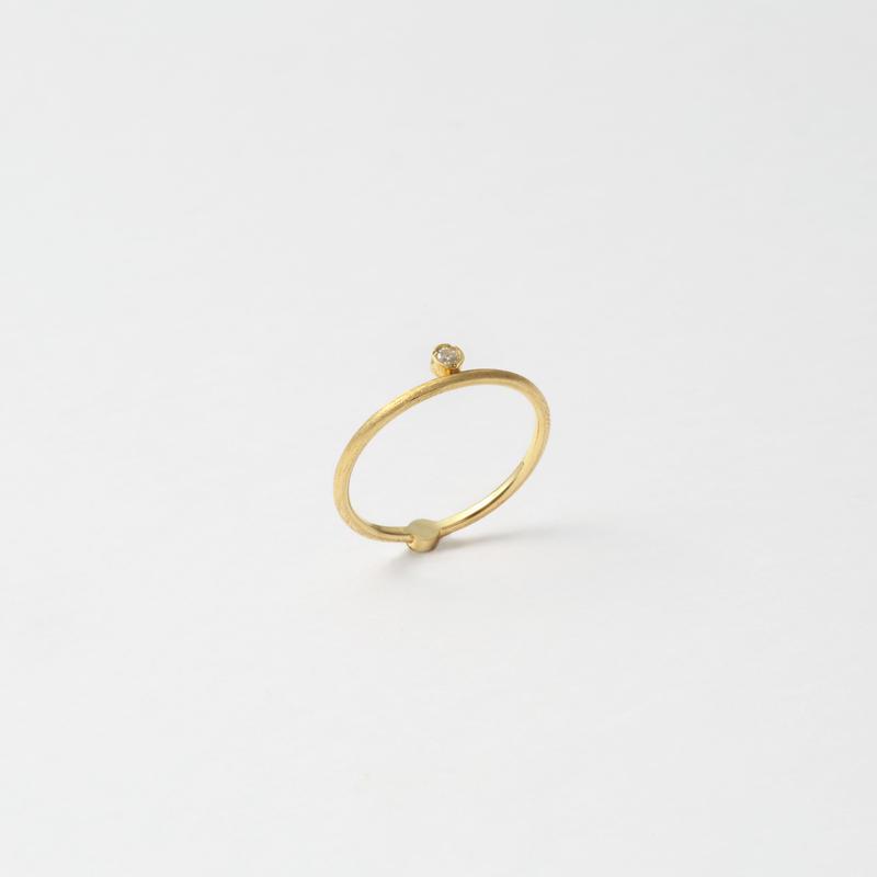 2 stones ring(cubic zirconia/gold)