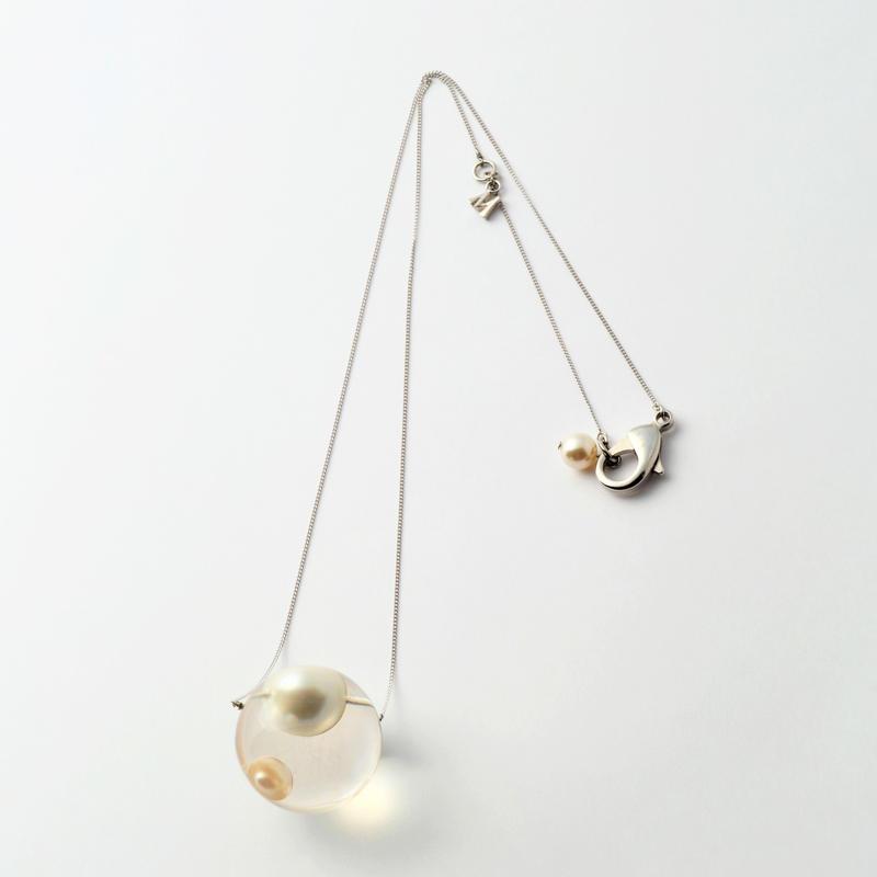 inclusion necklace (2 pearls)