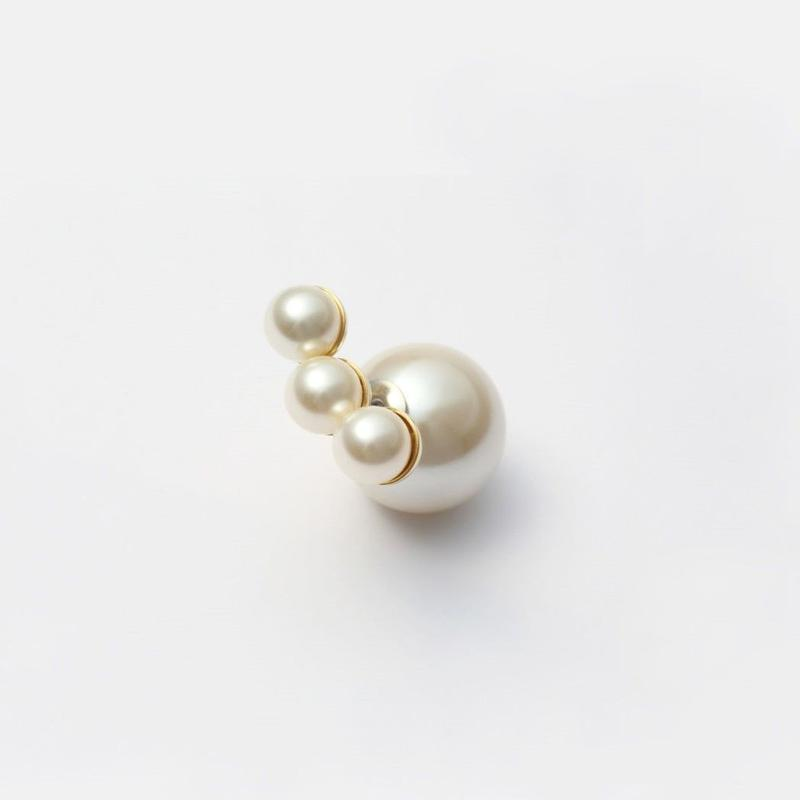 three pearls pierce (large)