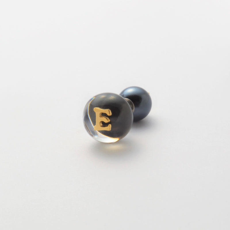 "Initial pierce black ""E"""