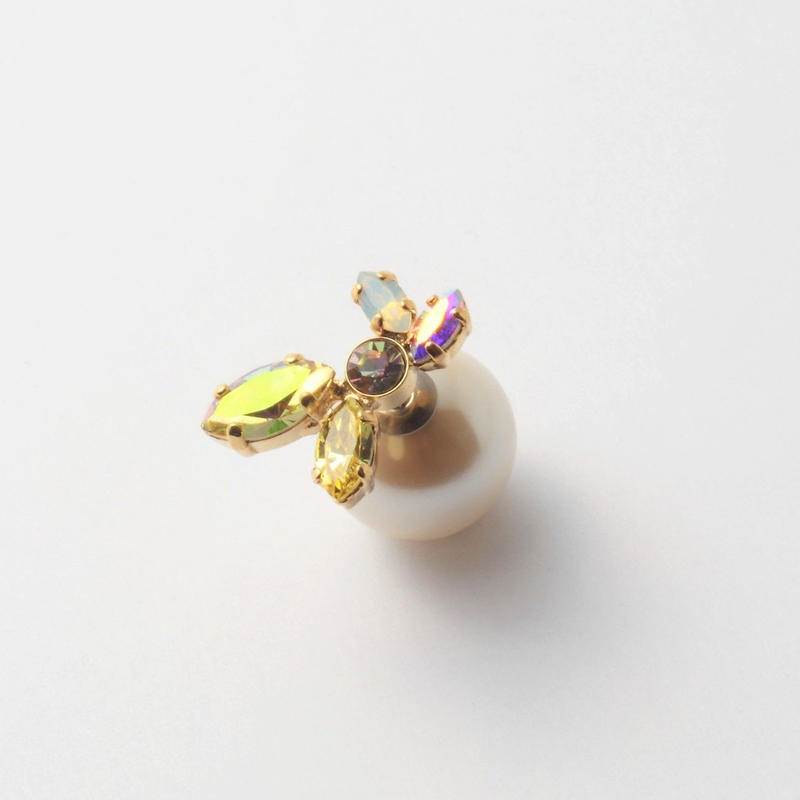 bijoux 5 crystals pierce ( Lt,Yellow ,Violet Mix)