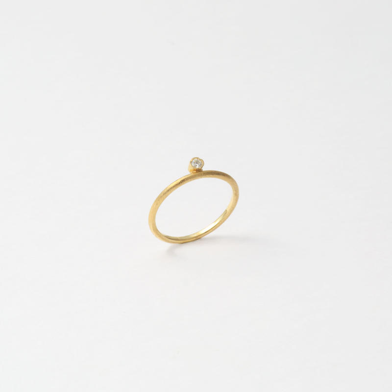 stone pinky ring (cubic zirconia/gold)