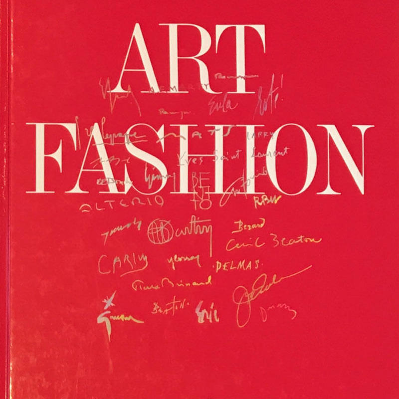 THE ART OF CREATING  FASHION