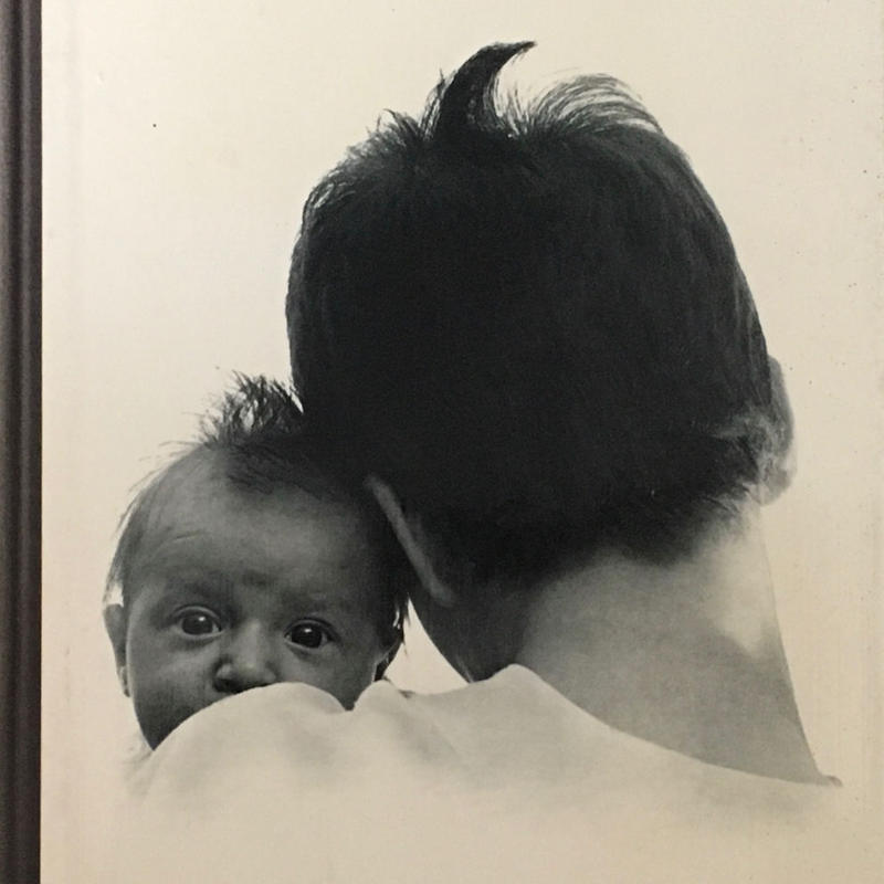 Children and Their Mothers / HANS REICH