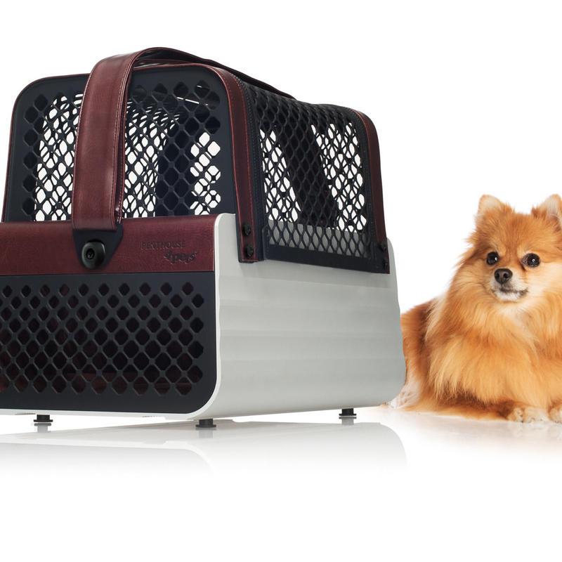 数量限定セール!! スイス製 4Pets (フォーペッツ)ペントハウス  (Pent House) スタイリッシュな小型犬用ペットキャリア (犬猫用)