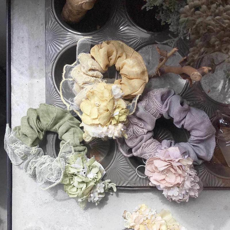 木の実レースとお花のシュシュ