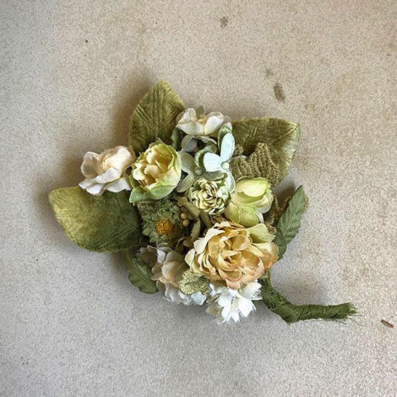 【限定一点】Lilaf ふんわりリーフとバラのコサージュ green