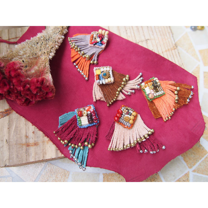 《DiDi by Lily》Leather one earring