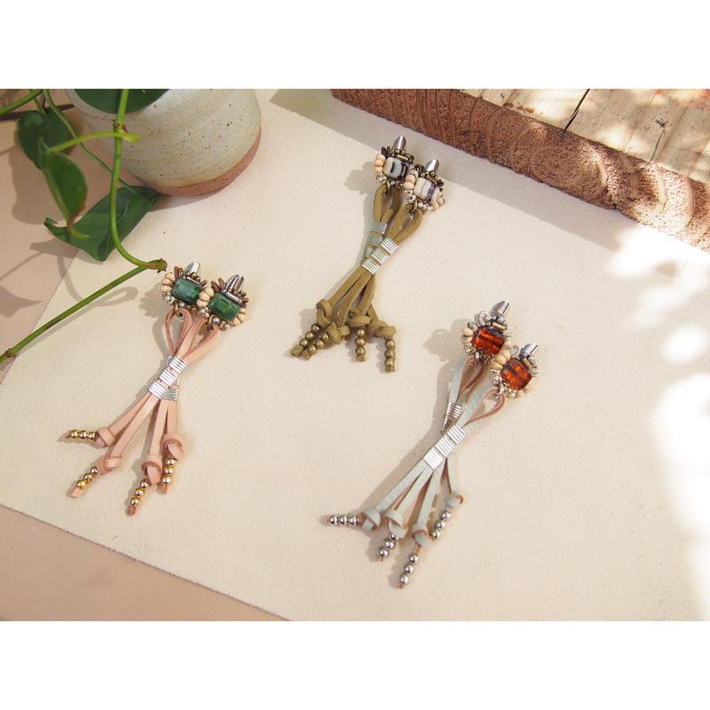 metal tie earring
