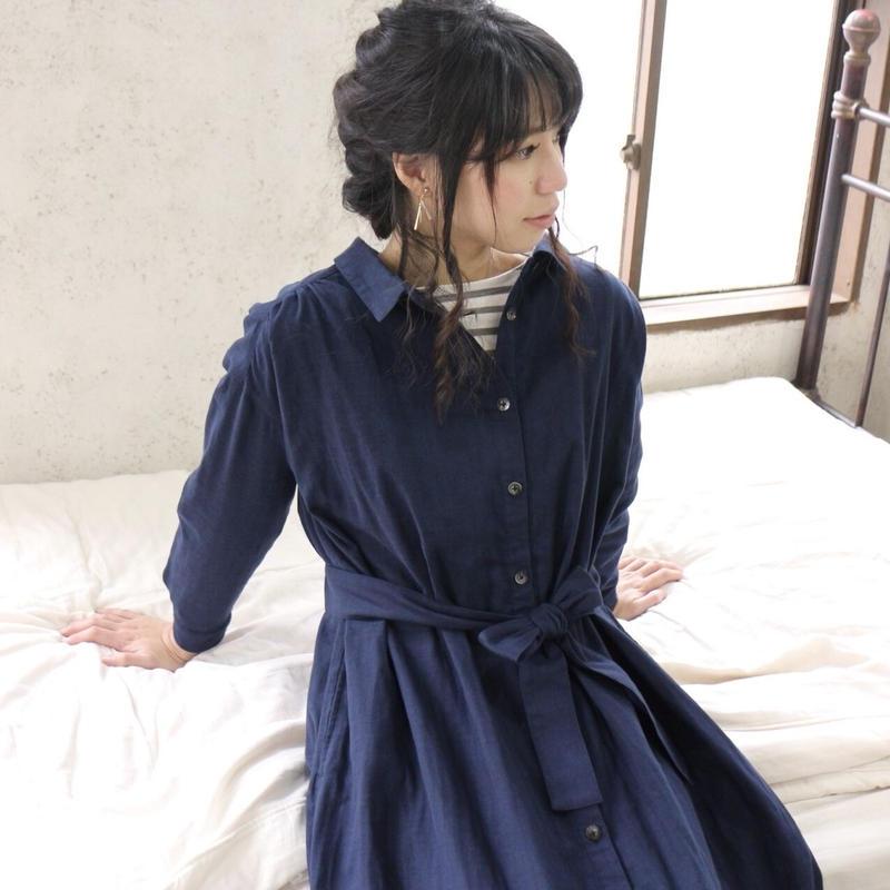 【受注生産】立体裁断で魅せる、こだわり抜いたバックタックデザインシャツワンピース(ふわふわダブルガーゼ・ネイビー)