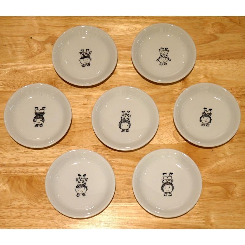 【tomopecco】〈逆立ち〉   小皿