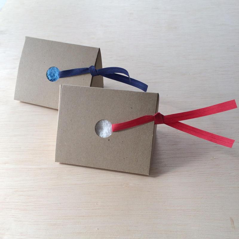 [ギフトセット]リトルサンシャイン チーフタオル (23×23cm) 1枚  りぼん付き
