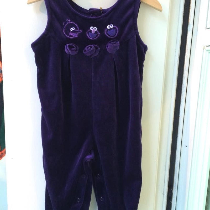 "366.【USED】""Sesame Street"" Purple velvet Rompers"