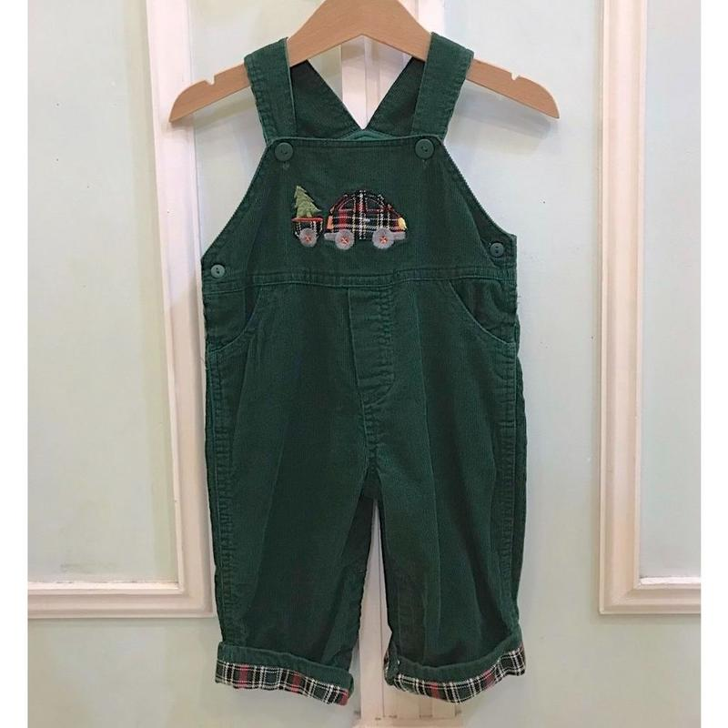 413.【USED】Green Car Overall