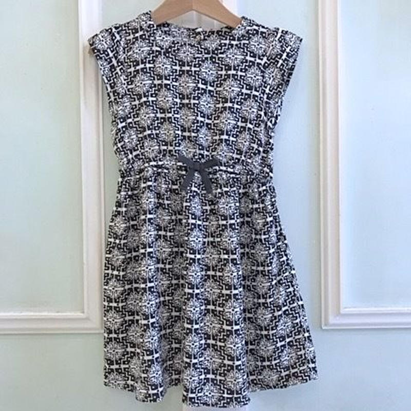 18.【USED】Monotone design Dress