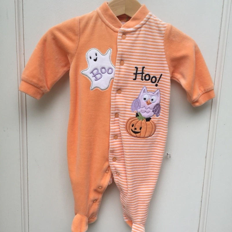 292.【USED】halloween rompers
