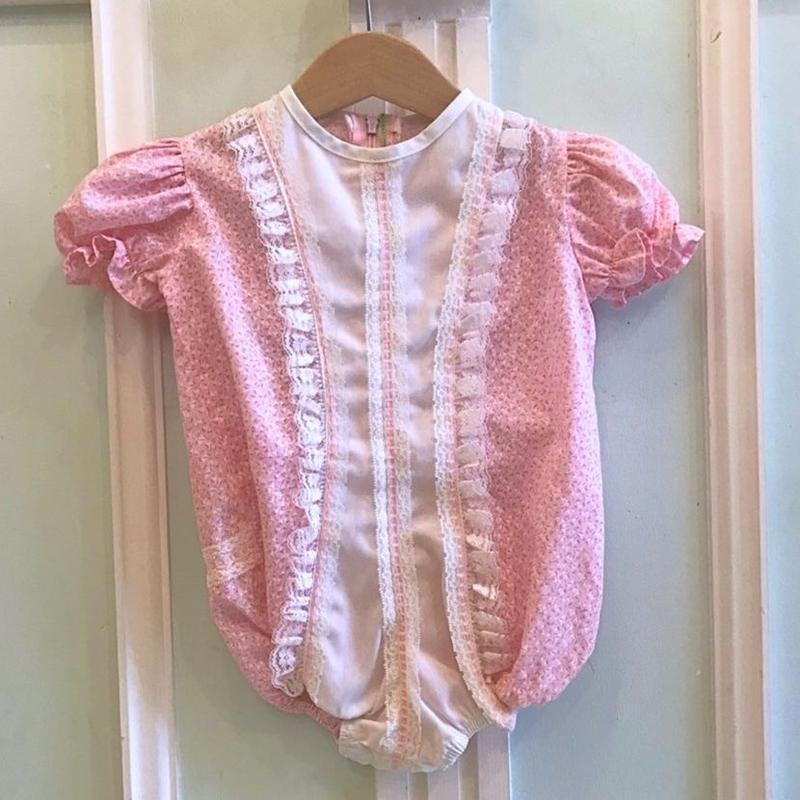 487.【USED】Pink Frill Rompers