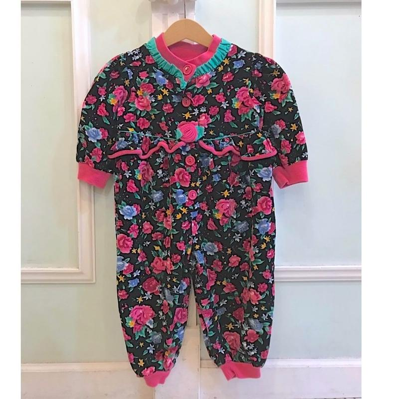 373.【USED】Frill Rose Rompers