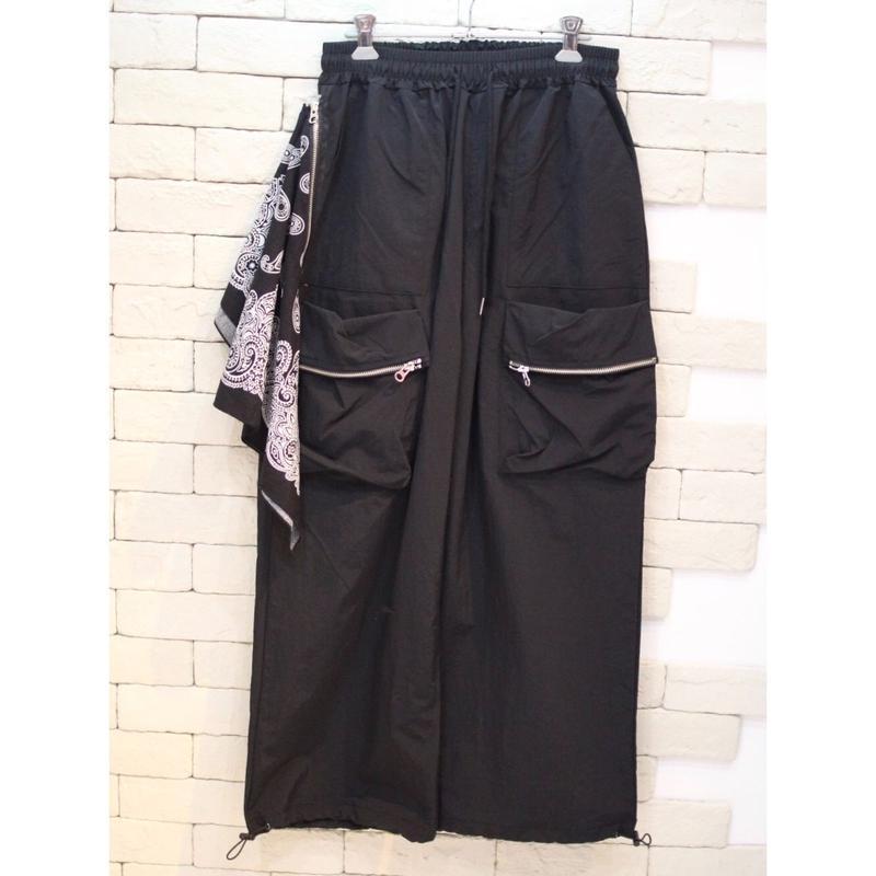 BANDANNA ATTACHED NYLON PANTS BLACK