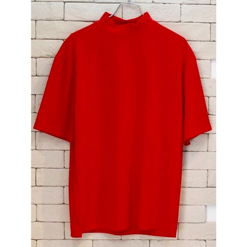 S/S MOCK NECK TEE RED