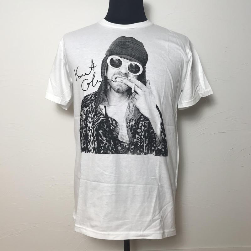 カートコバーン Tシャツ