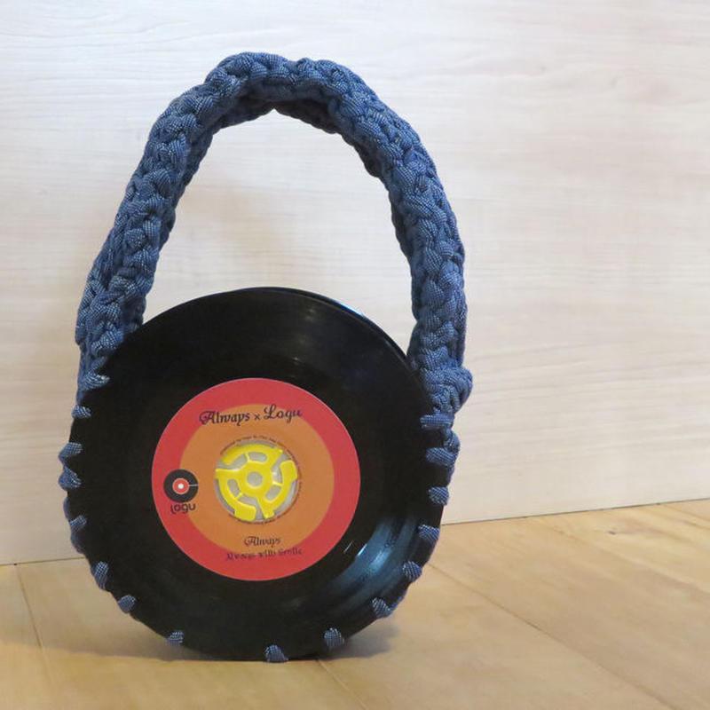 本物のレコードで出来たバッグ「bagu 」cotton strings denim アップサイクル(UP cycle)