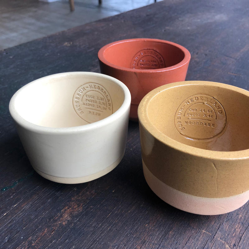 Clay Service / Cup