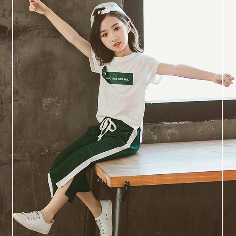 キッズ半袖Tシャツ+ジャージワイドパンツのセットアップ 韓国子供服 保育園幼稚園 9分丈ワイドパンツ 上下セットアップ ガウチョパンツ デニムのワイドパンツ 韓国子供服 送料無料 TAGX11670