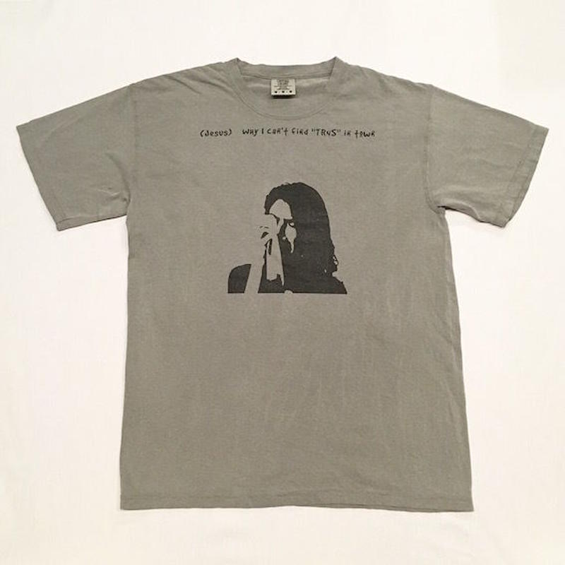 "【 tr.4 suspension 】"" tr.4 PRAYER "" S/S TEE ( CHARCOAL )"