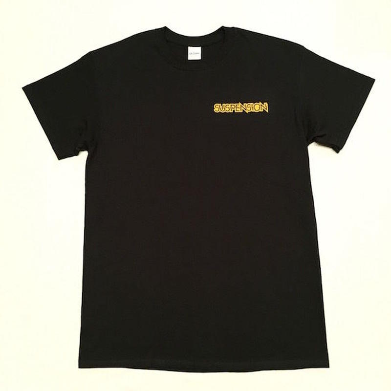 "【 tr.4 suspension 】SUSPENSION "" WILLIAM LOGO "" S/S TEE ( BLACK )"