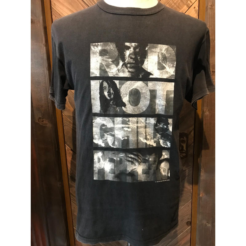 90s Red hot chili peppers band T- shirt(USED)