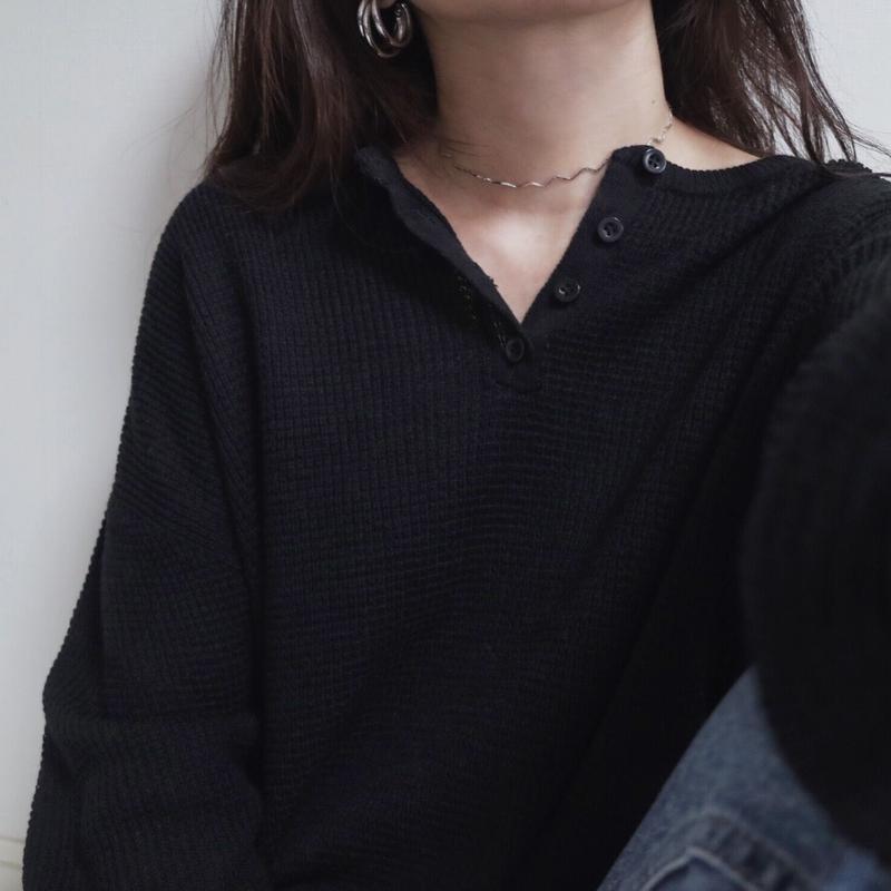 ブラック/新色 入荷【レターパック 対象】ワッフル編みヘンリーネックニット