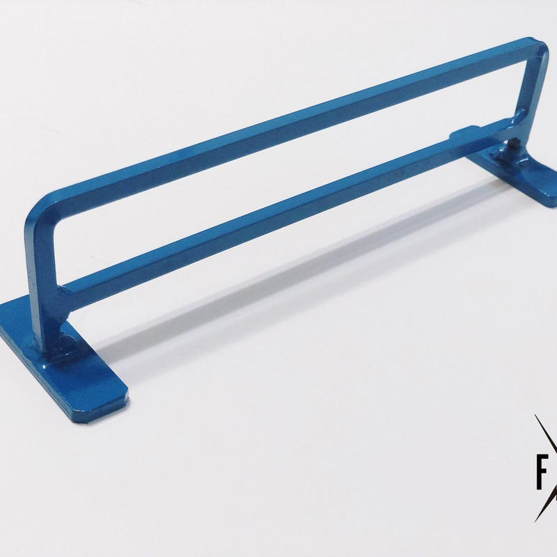 SQUARE OR ROUND HAND RAIL