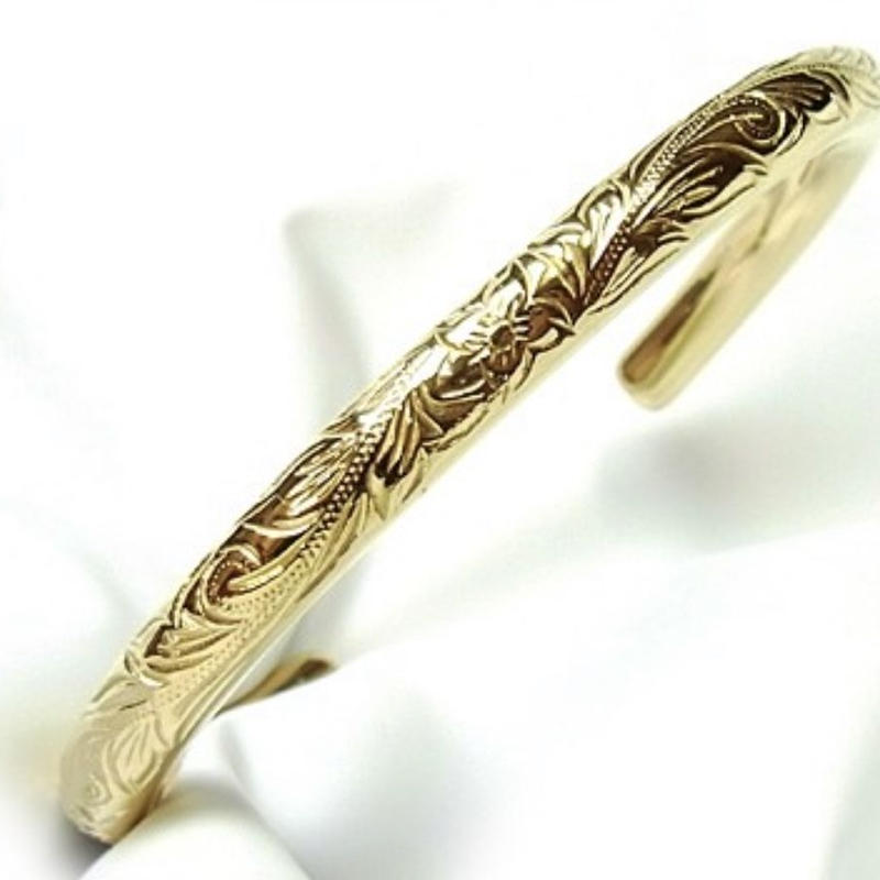 Hawaiian bangle