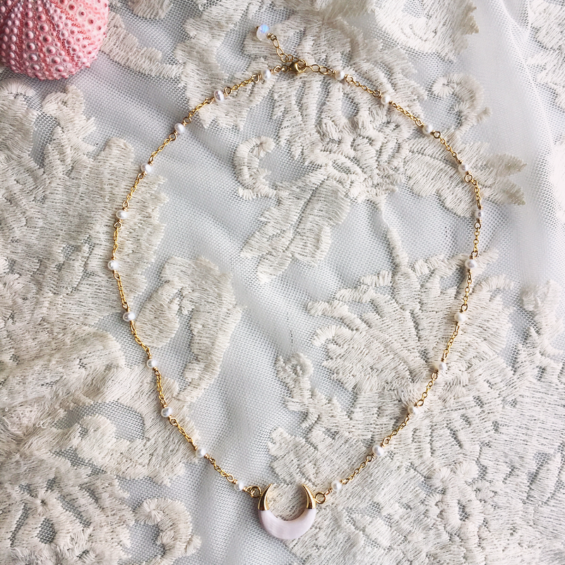 【K様 オーダー用】 White shell crescent moon necklace