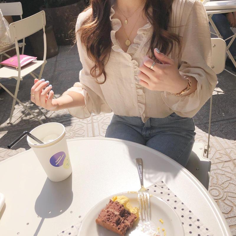spring blouse / beige