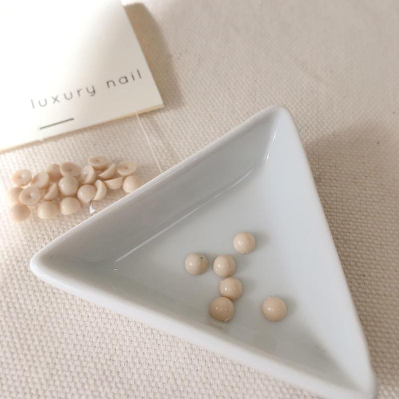 【完売】luxurynail セレクトパーツ /【 no.1 /ミルク/5mm/20P[AG-2006]  】